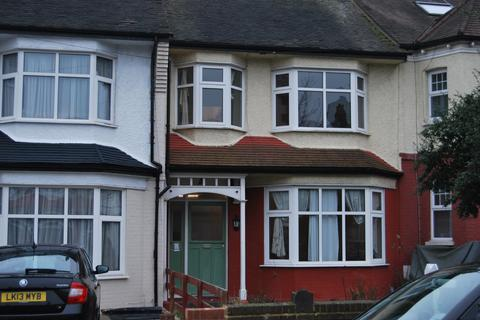 4 bedroom terraced house to rent - Hamilton Crescent, Palmers Green, London, N13