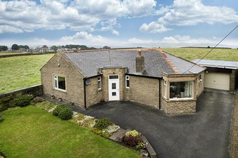 3 bedroom detached bungalow for sale - Stainland Road, Stainland, Halifax