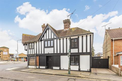 3 bedroom detached house for sale - Haviland Road, Boscombe, Bournemouth