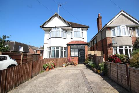 2 bedroom maisonette for sale - Southcote Road, Bournemouth