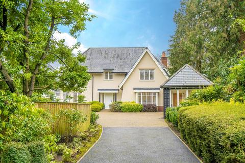 4 bedroom detached house for sale - Berwick Road, Bournemouth