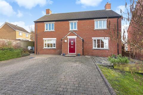 4 bedroom detached house for sale - Spitalcroft Road
