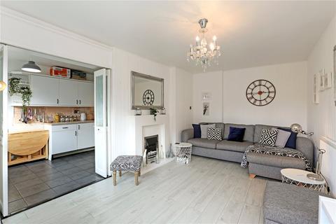 3 bedroom flat for sale - Dorset Court, Hertford Road, London, N1