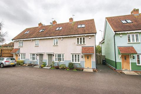 3 bedroom end of terrace house for sale - Harmans Yard, Dunmow, Essex