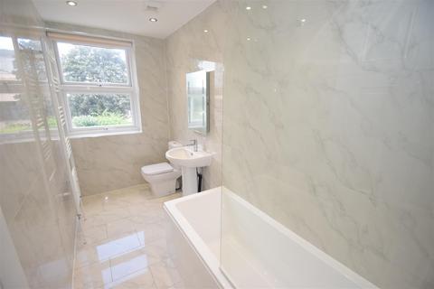 1 bedroom flat to rent - Dukes Avenue New Malden Surrey