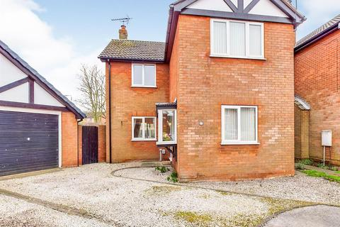 3 bedroom detached house for sale - Lichfield Close, Beverley