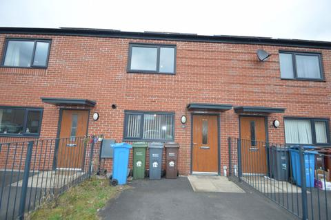 2 bedroom house to rent - Beastow Road, Manchester