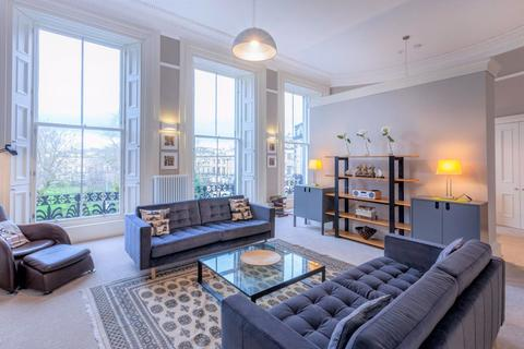 2 bedroom flat to rent - MORAY PLACE, EDINBURGH, EH3 6BQ