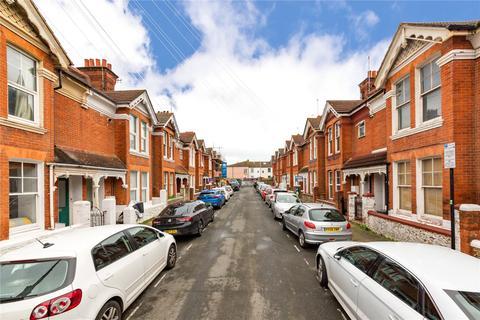 6 bedroom semi-detached house to rent - Newport Street, Brighton, BN2