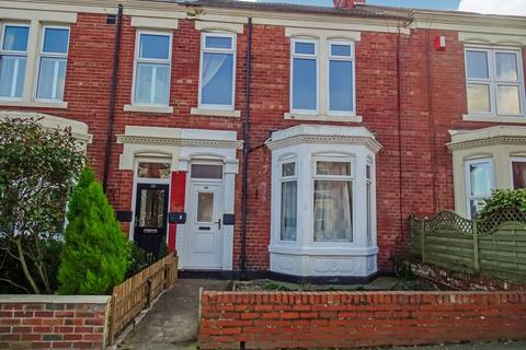 4 bedroom terraced house to rent - Beach Avenue, Whitley Bay, Tyne and Wear, NE26 1DZ