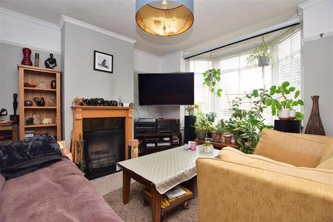 3 bedroom semi-detached house for sale - Charlesfield Road, Horley, Surrey