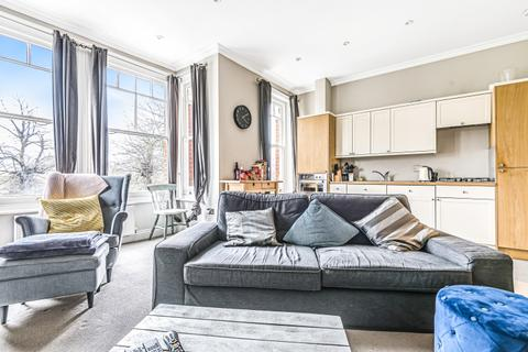 2 bedroom apartment to rent - Clapham Common West Side London SW4