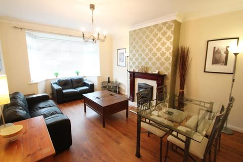 2 bedroom ground floor flat to rent - Corchester Walk, High Heaton, Newcastle upon Tyne, NE7 7SS