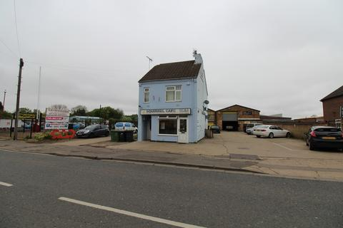 1 bedroom detached house for sale - COMMERCIAL UNIT FOR SALE - FREEHOLD - TWO FLATS AND ONE CAFE