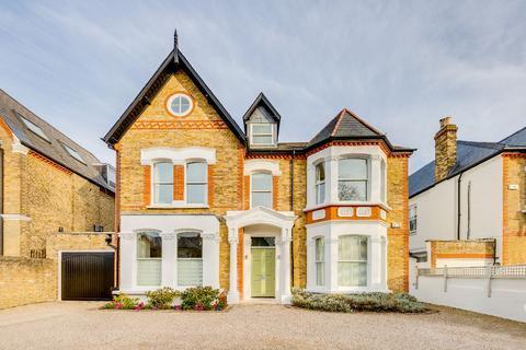 6 bedroom detached house for sale - Castelnau, London