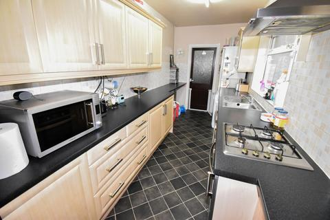3 bedroom terraced house for sale - Derwent Street, Leicester