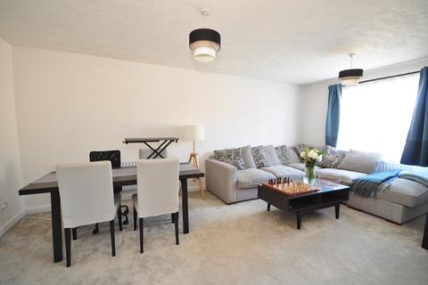 2 bedroom apartment to rent - Birkheads Road Reigate RH2