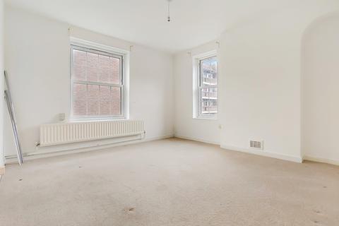 2 bedroom flat for sale - Binnie House, Bath Terrace, London SE1