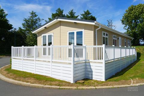 2 bedroom lodge for sale - White Cross Cornwall