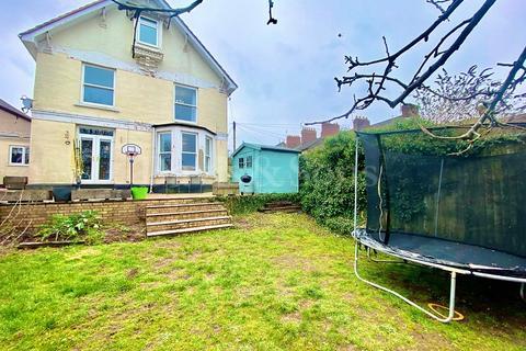 5 bedroom semi-detached house for sale - Windsor Terrace, Newport. NP20 4BZ