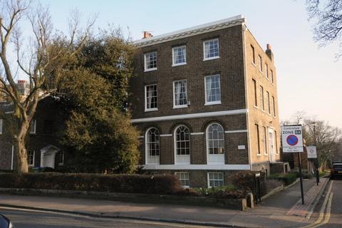 1 bedroom flat to rent - Paragon House, South Row, Blackheath, SE3