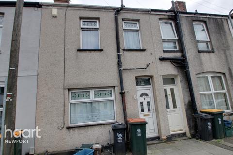2 bedroom terraced house for sale - Downing Street, Newport