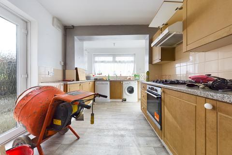 4 bedroom semi-detached house to rent - Lucraft Road, Brighton BN2