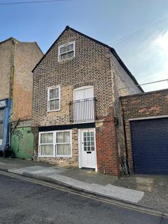 2 bedroom detached house for sale - 3 Plains Of Waterloo, Ramsgate, Kent