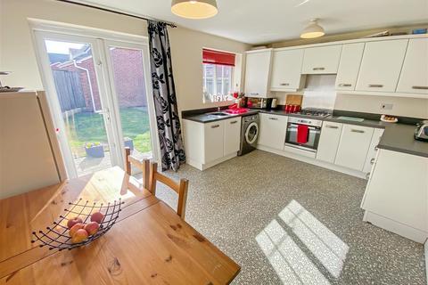 4 bedroom detached house for sale - Saunton Walk, Buckshaw Village