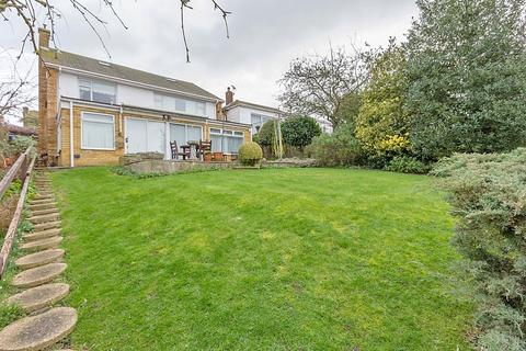 3 bedroom detached house for sale - Wards Hill Road, Minster on Sea, Sheerness, ME12