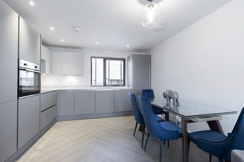 3 bedroom apartment to rent - Fishers Lane, Cheltenham GL52 2NY