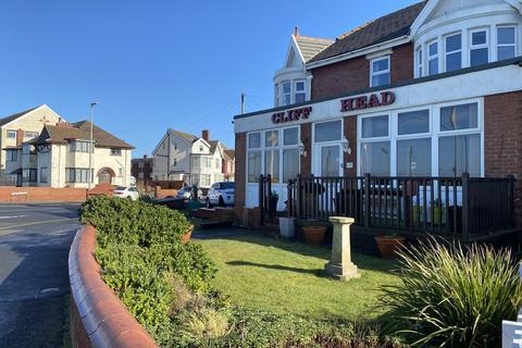 11 bedroom semi-detached house for sale - Queens Promenade, Bispham FY2