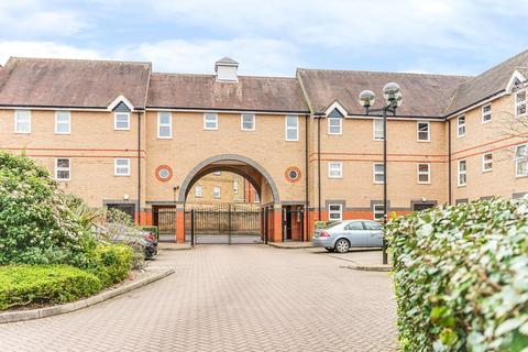 2 bedroom apartment for sale - Mitre Court, Railway Street, Hertford, SG14