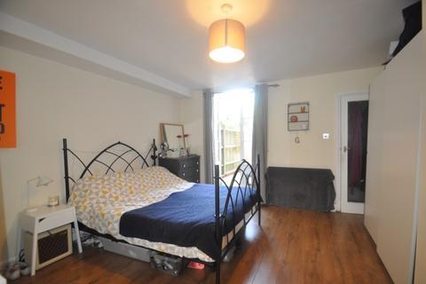 1 bedroom flat to rent - Jerningham Road New Cross SE14