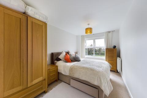 2 bedroom apartment to rent - Pembroke Road, Ruislip