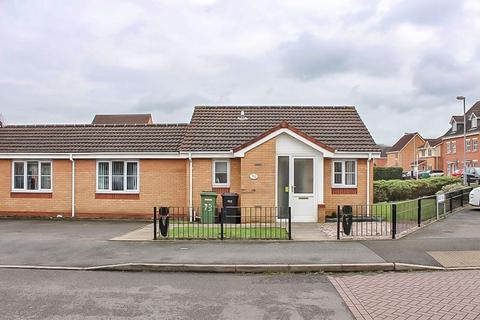 2 bedroom bungalow for sale - Bickley Road, Bilston, WV14 7BT