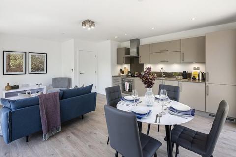 3 bedroom flat for sale - Redclyffe Road, London, E6 1DW