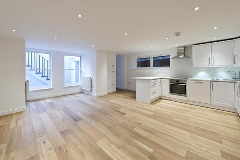 1 bedroom apartment to rent - Masbro Road, Brook Green, London, UK, W14