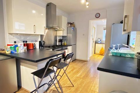 1 bedroom house share to rent - Mackintosh Place, Roath , Cardiff