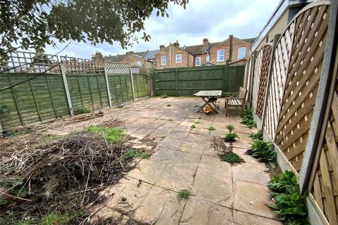 1 bedroom flat to rent - Fotheringham Road, Enfield, EN1