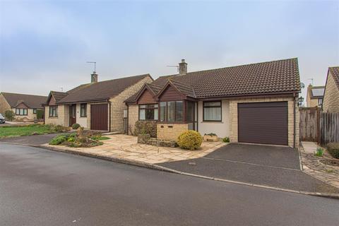 2 bedroom detached bungalow for sale - Godwins Close, Atworth, Melksham