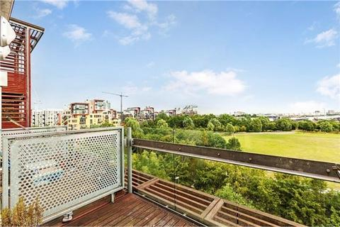 1 bedroom apartment to rent - Farnsworth Court, West Parkside, London, SE10