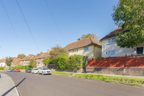 4 bedroom semi-detached house to rent - Birdham Road, Brighton