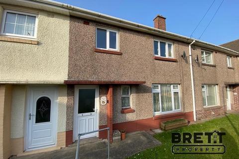 3 bedroom terraced house for sale - Croft Avenue, Hakin, Milford Haven, Pembrokeshire. SA73 3HF