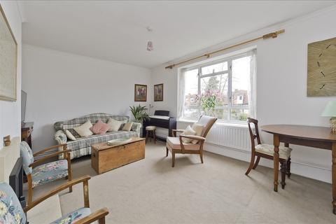 3 bedroom flat for sale - Ramillies Road, Chiswick W4
