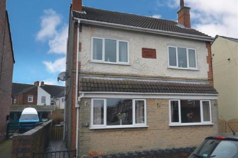 3 bedroom detached house for sale - Welbeck Road, Bolsover, Chesterfield, S44 6DE