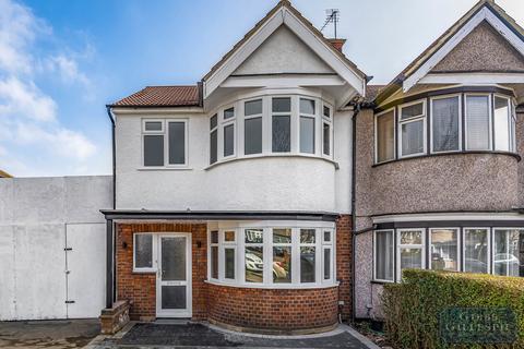 3 bedroom terraced house for sale - Kings Road, Harrow, Middlesex, HA2