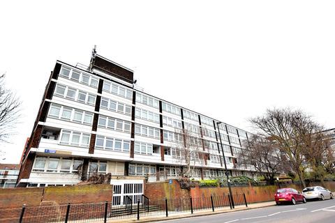 3 bedroom flat to rent - Pinnace House, Canary Wharf, London E14 3JW