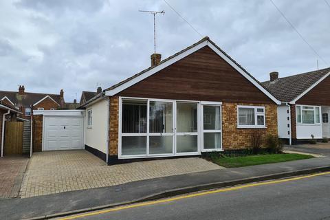 3 bedroom detached bungalow for sale - Highlands Drive, Maldon