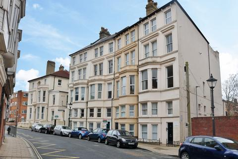 2 bedroom flat for sale - Kent Road, Southsea